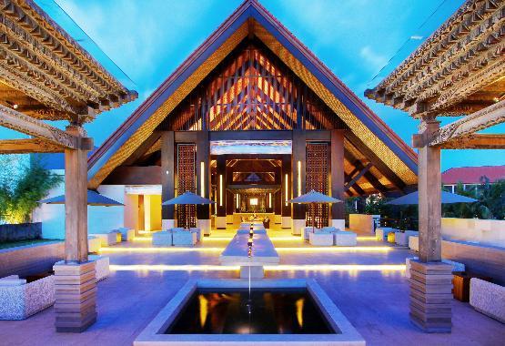Lobby Lounge_02.JPG